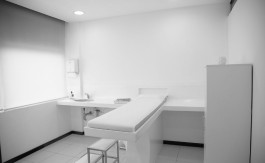 treatment-room-810